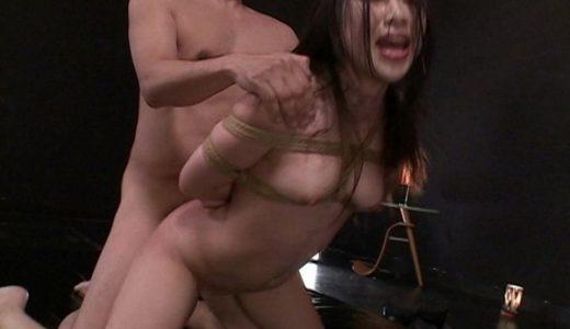 ドM女優・綾瀬ゆいちゃんの希望で首絞め2穴ファック!痙攣しながらイキまくるw